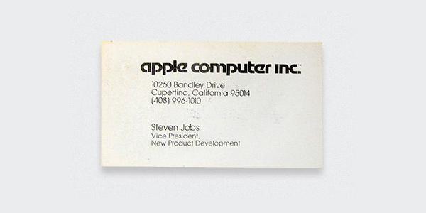 بطاقة أعمال ستيف جوبز، مؤسس شركة ابل الراحل.